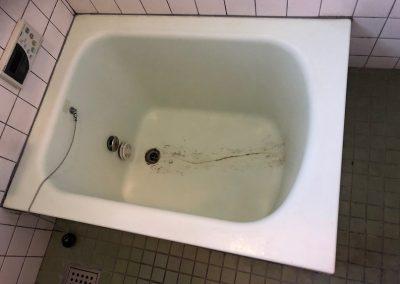 FRP浴槽ヒビ割れ補強・リペア再生塗装コート No.BA191108