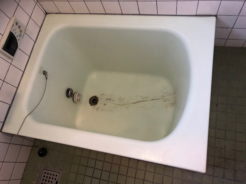 FRP浴槽ヒビ割れ補強・再生塗装コート   No.191108